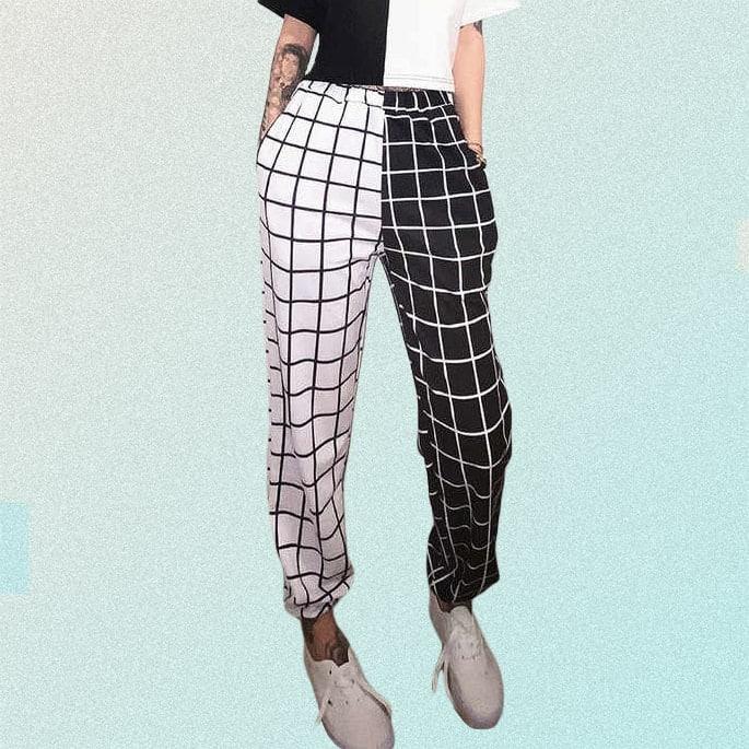 BLACK & WHITE LOOSE GRID PANTS