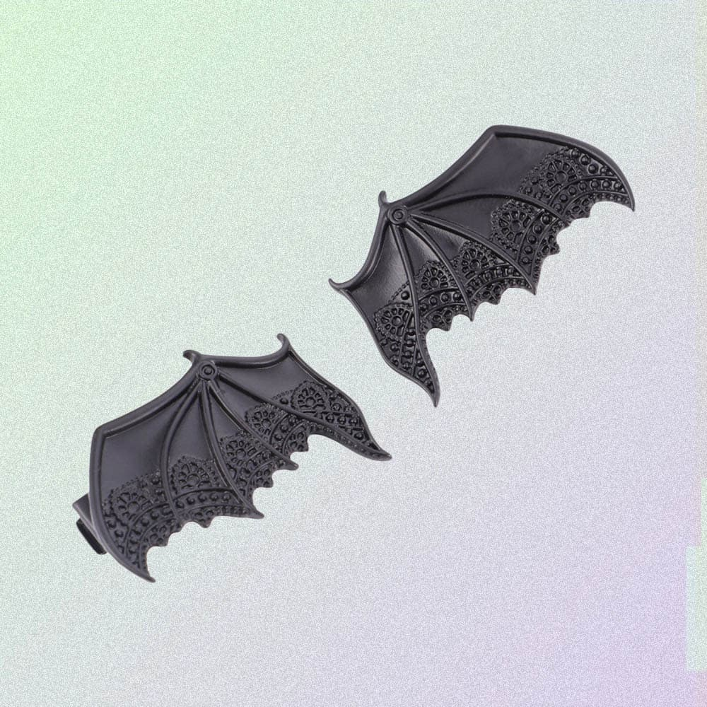 BAT WINGS LACE HAIRPINS