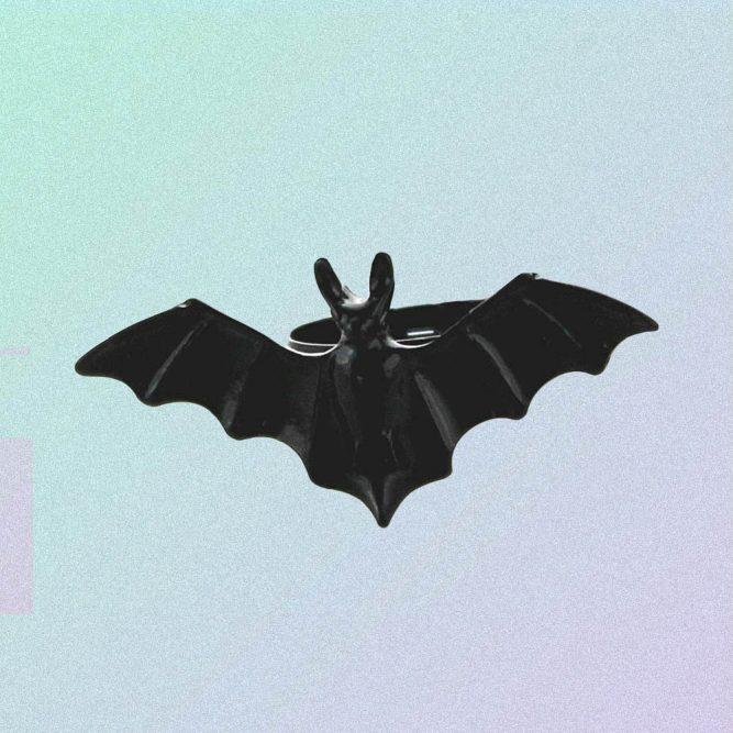 BLACK BAT ADJUSTABLE SIZE RING