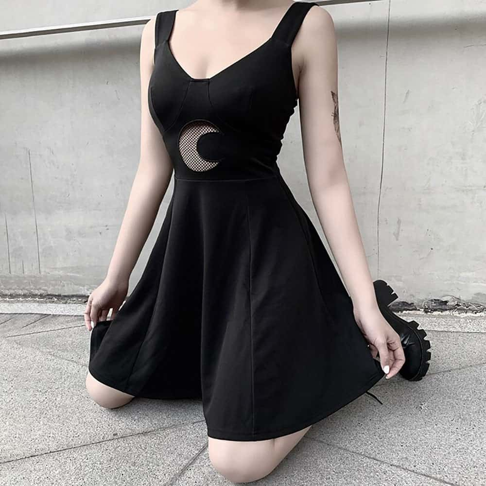 FITTED A-LINE MOON DRESS