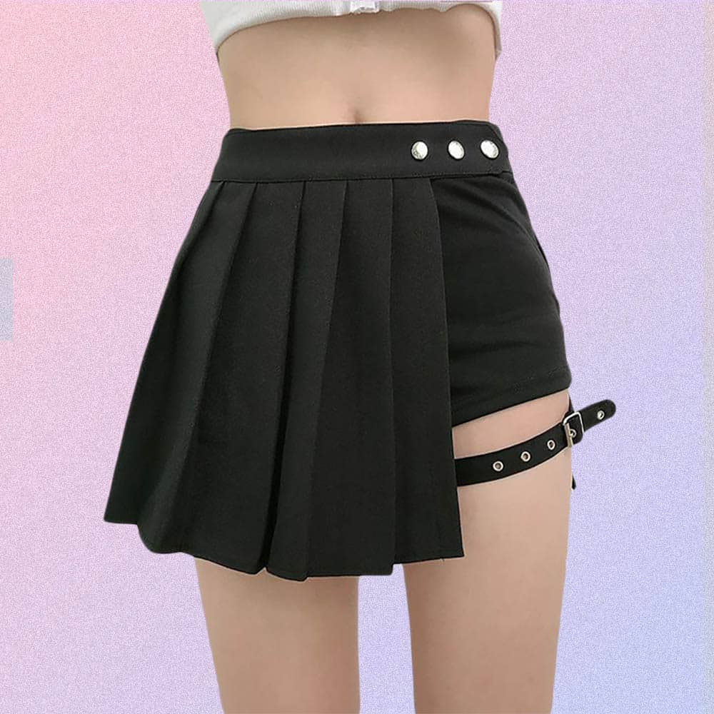 BLACK FAKE TWO PIECE SHORTS AND PLEATED SKIRT