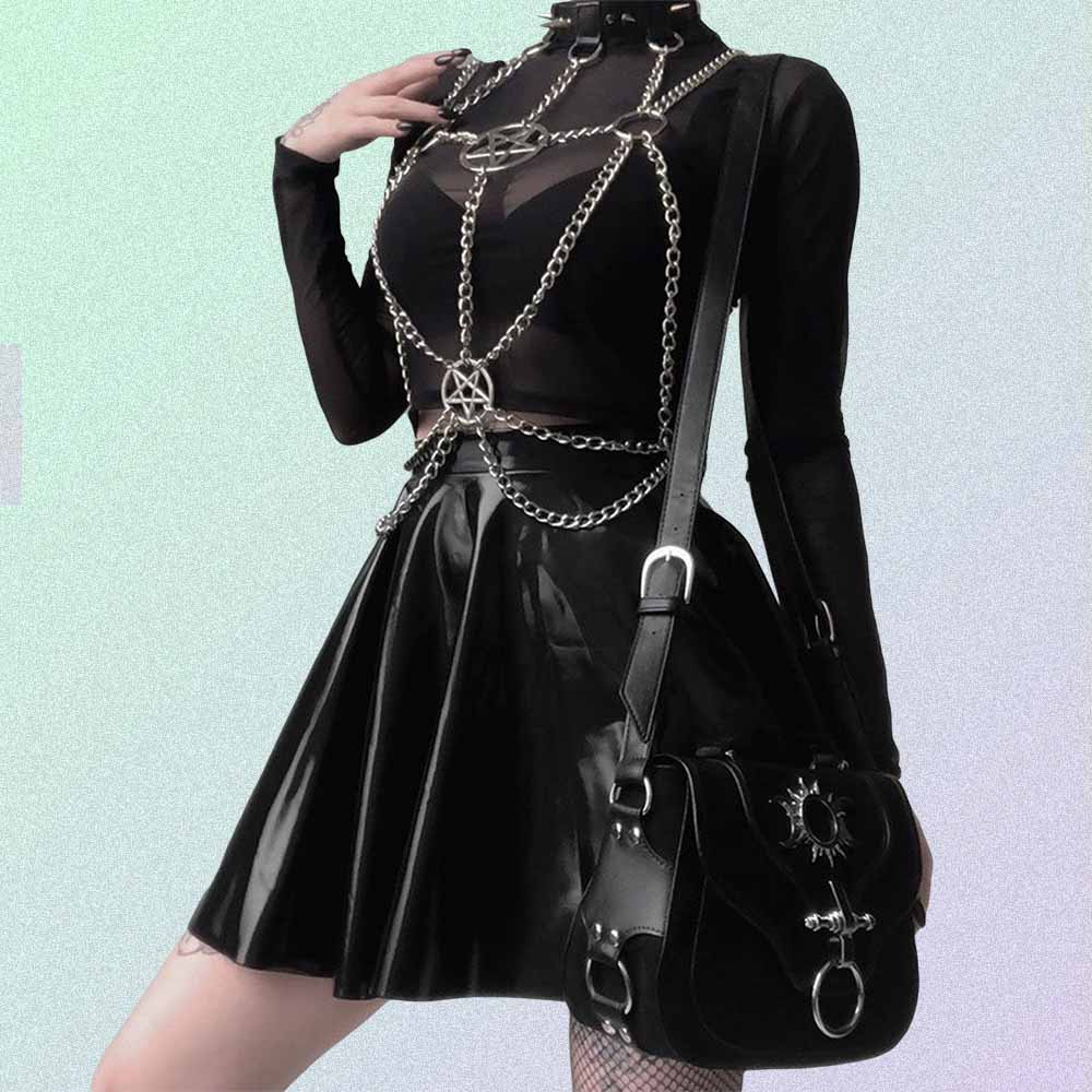BLACK STUDDED GOTH AESTHETIC CHOKER WITH CHAINS & PENTAGRAM